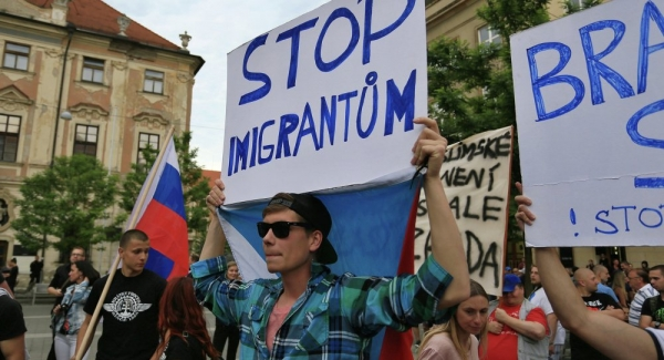 Nearly Two-Thirds of Czechs Oppose Taking in War Refugees: Poll