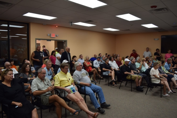 Fort Myers Beach Residents Vent Construction Frustrations at Special Meeting
