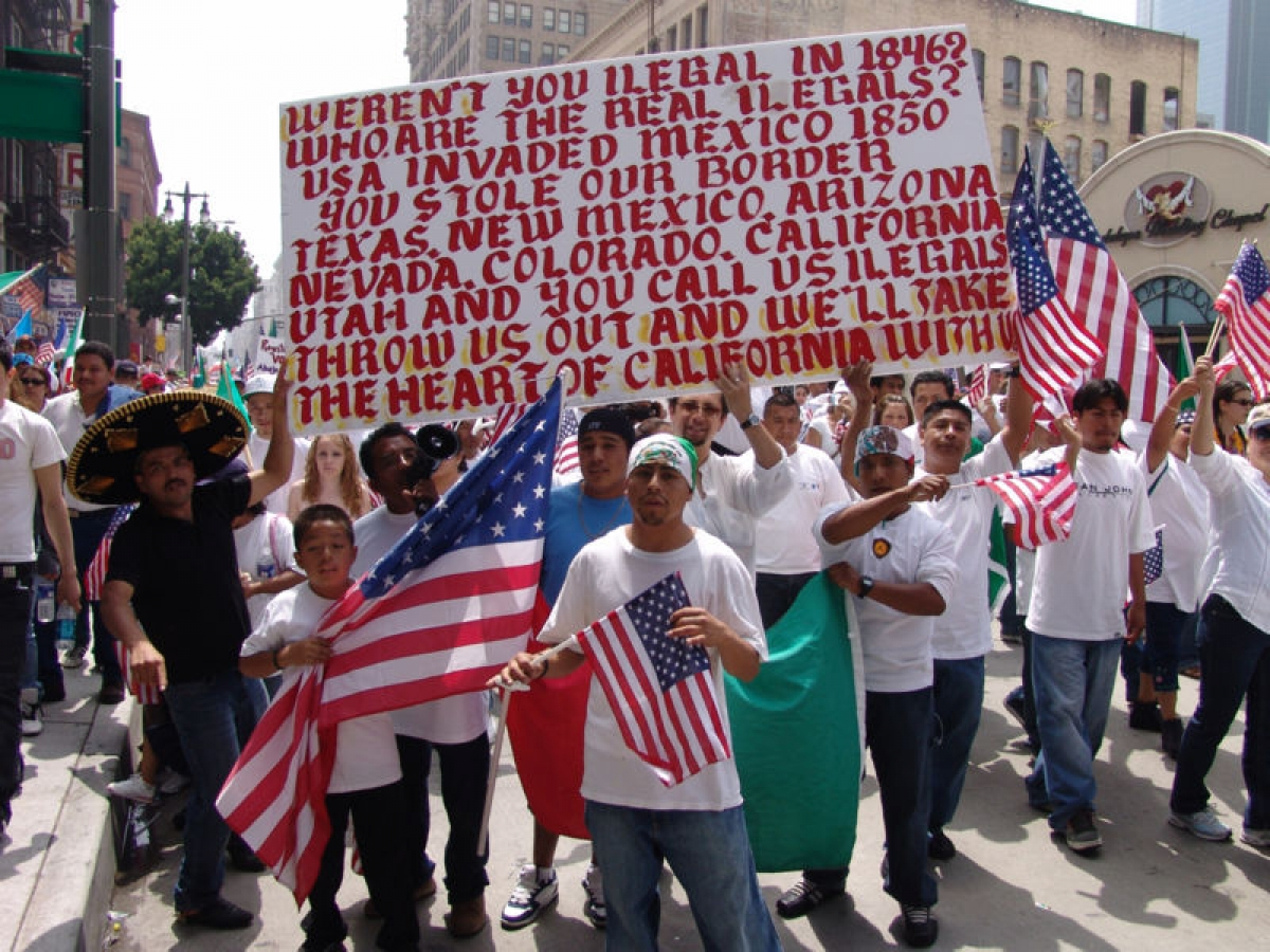proimmigration groups look to censor national debate on